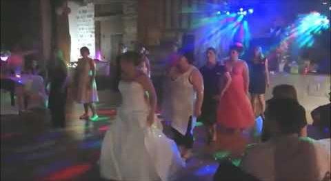 Chorégraphie girly EVJF (enterrement de vie de jeune fille)