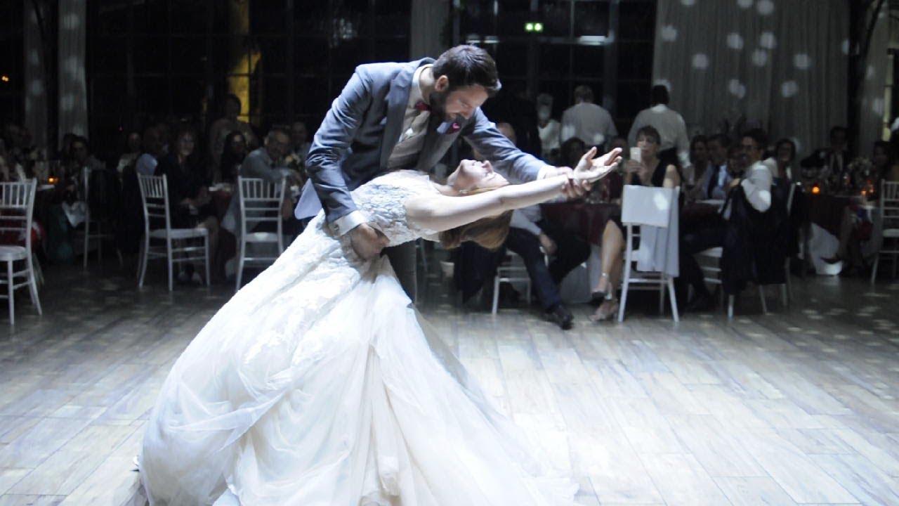 Merveilleuse ouverture de bal de mariage thème de Cendrillon