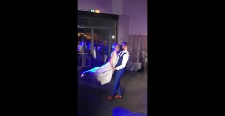 Chorégraphie de mariage Coldplay & danses latines avec portés